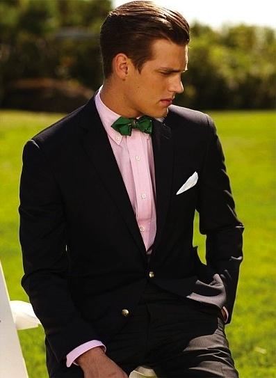 Bạn có thích cà vạt và nơ đeo cổ màu xanh lá cây không? Tôi thì có đấy. Chúng hữu dụng vô cùng.