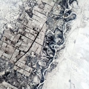 Con người cần những đường thẳng còn thiên nhiên thì không. Sự đối lập giữa dòng sông do dự và ruộng đồng ở Trung Á.
