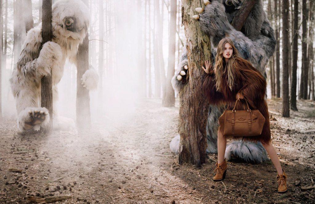 Tim Walker chụp Lindsey Wixson cho chiến dịch quảng cáo thu đông 2012 của Mulberry.