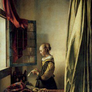 Cô gái đọc thư bên ô cửa sổ hé (Girl Reading a Letter at an Open Window) được Veermeer vẽ trong khoảng 1657-1659, hiện được trưng bày ở Dresden (Đức).