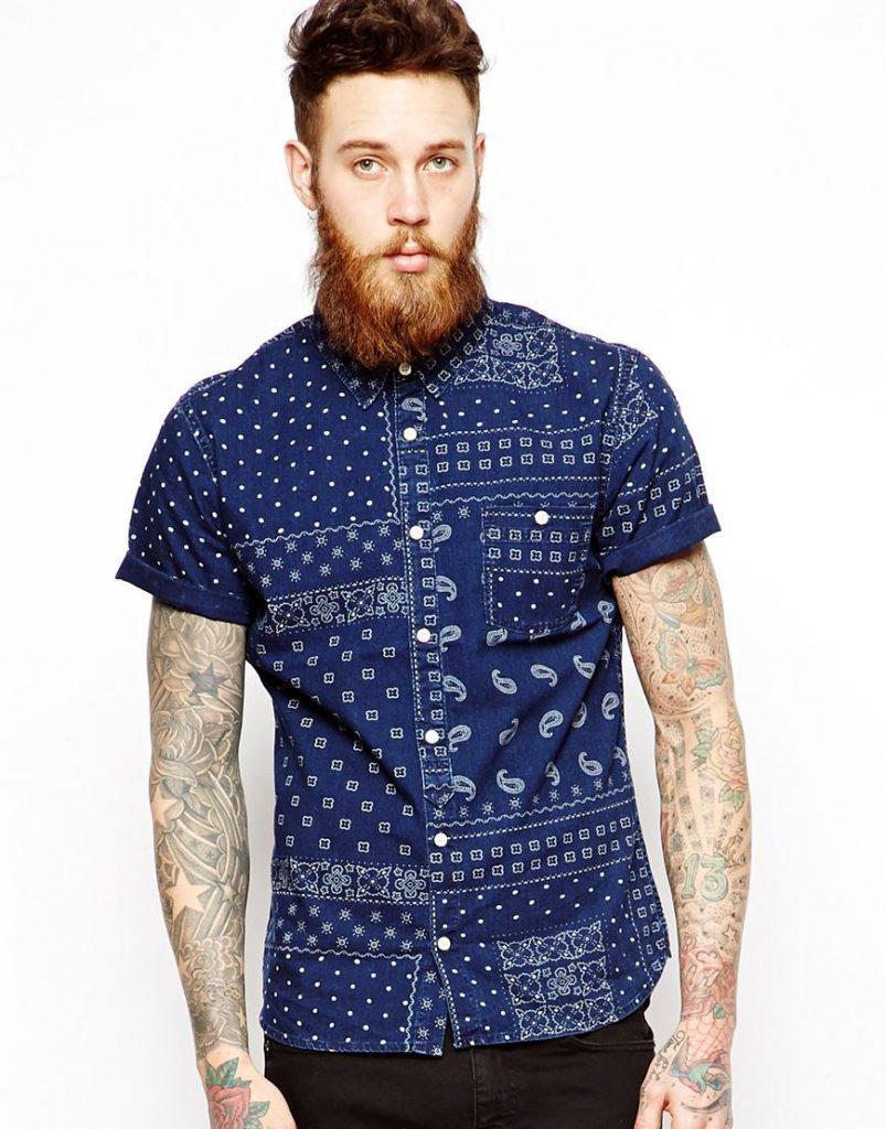 Chiếc áo sơ mi linen chambray độc đáo này có giá tương đối phải chăng: £22 (tương đương với 720.000đ)