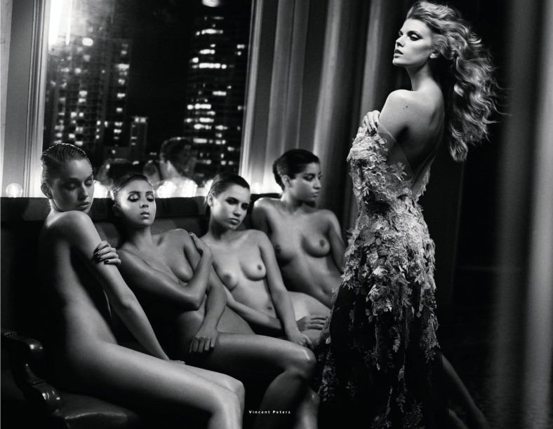 Vincent Peters chụp Maryna Linchuk cho Vogue Russia tháng 12, 2013