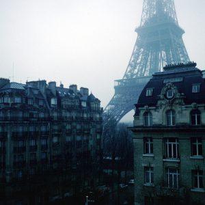 Paris trên phim Kodachrome dường như có một màu sắc khác hẳn.