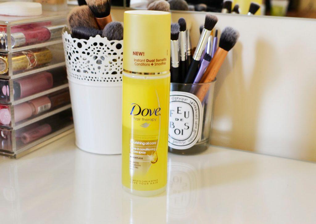 dove nourishing oil care leave-in conditioning spray là một sản phẩm xịt dưỡng tóc siêu rẻ tiền (3$ cho một chai 200ml) nhưng dùng rất tốt.