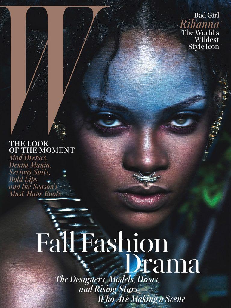 Cô ca sĩ 26 tuổi Rihanna có sự xuất hiện ấn tượng và đầy tự tin trên bìa tháng Chín của tạp chí W. Trang điểm Kabuki. Nhiếp ảnh gia Mert & Marcus. Không hề thích Rihanna nhưng tôi cũng phải thừa nhận đây là một trang bìa rất hút mắt.