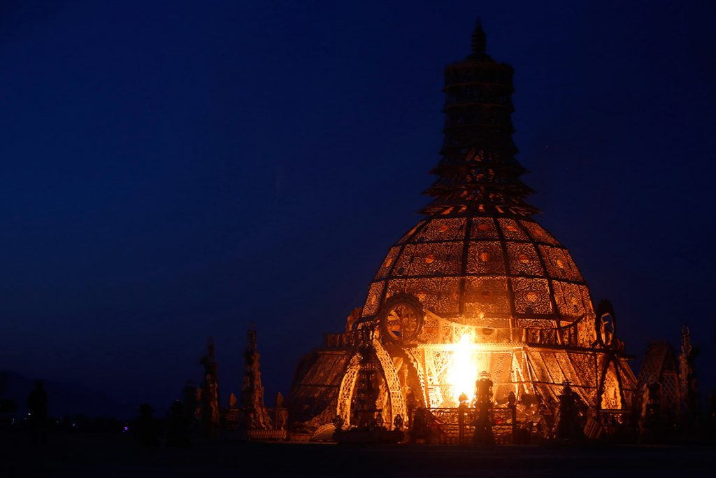 The Temple of Grace is set alight on the last day of Burning Man 2014(Jim Urquhart Reuters)