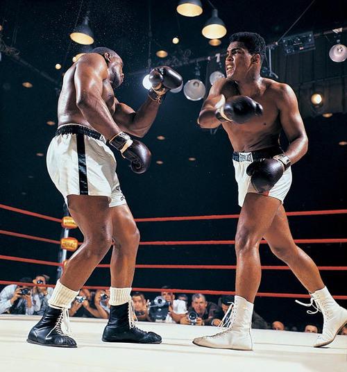 Ông vua huyền thoại Quyền Anh: Muhammad Ali