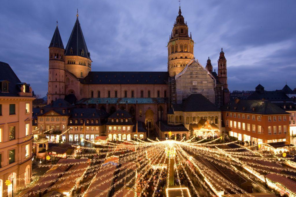 Chợ Giáng sinh ở Mainz.