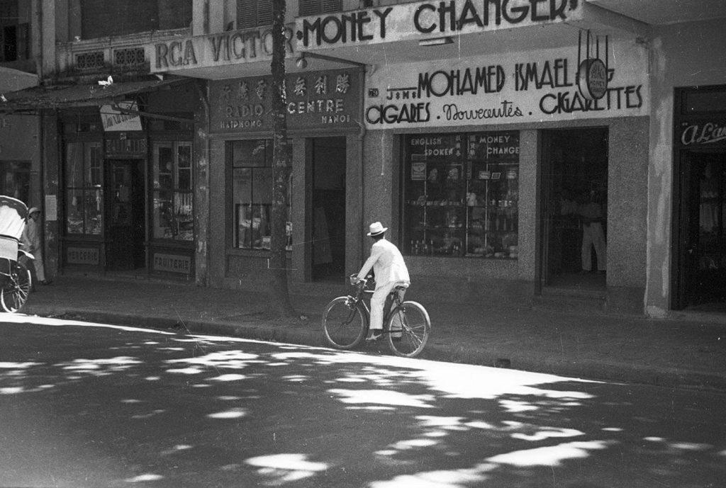 Hà Nội 1940. Ảnh: Harrison Forman