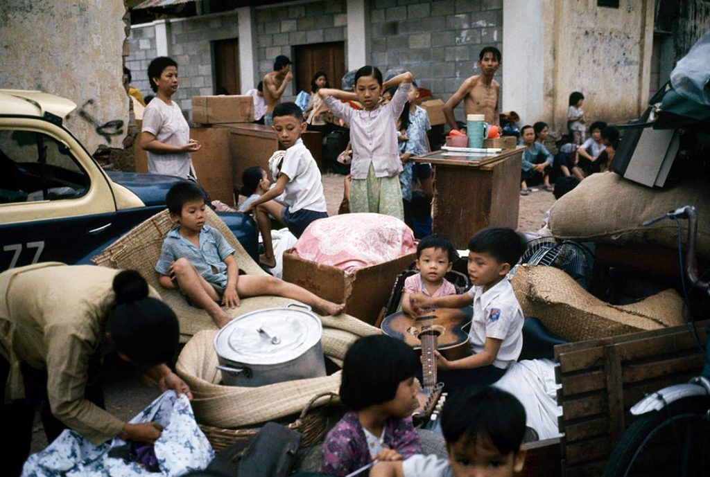 SOUTH VIETNAM 1975. Refugees during the last days of the Vietnam War Photo by Hiroji Kubota