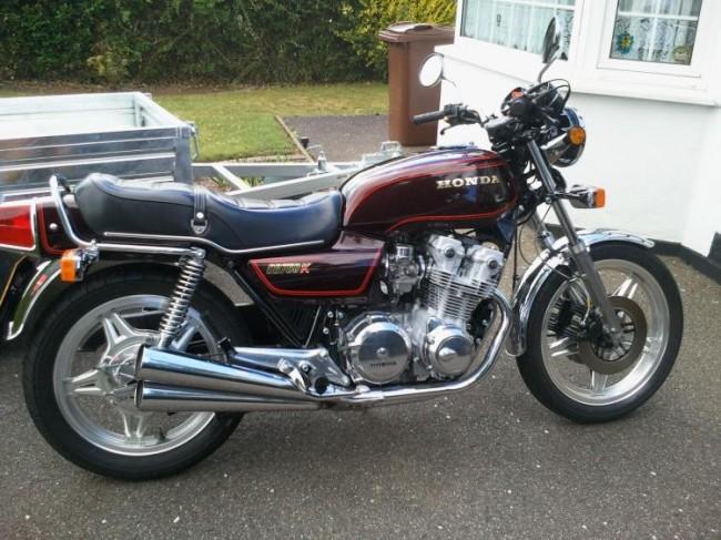 Honda CB750 KZ 1983 nguyên bản - chiếc superbike đầu tiên trên thế giới với rất nhiều giải thưởng khác nhau - một tượng đài đích thực của giới moto.