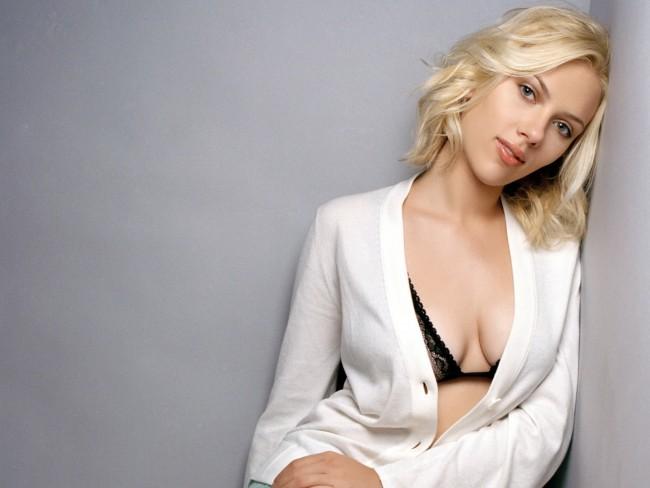 Scarlett-Johansson-Hot-1