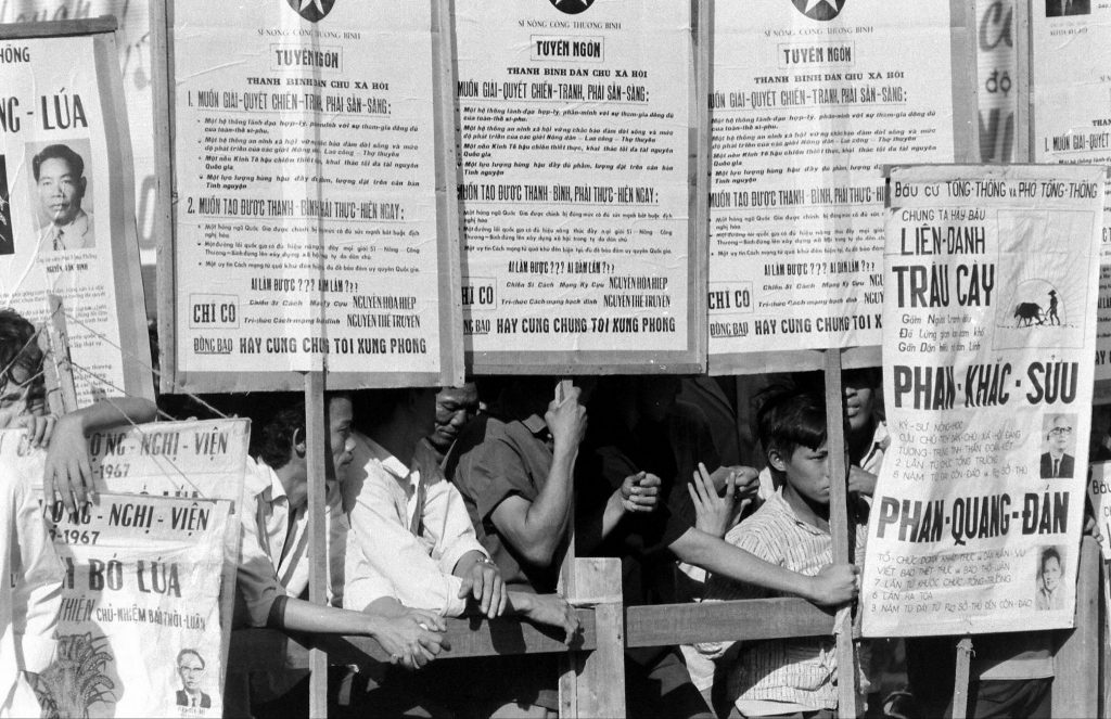 VIETNAM ELECTION Sep 1967 - by Co Rentmeester