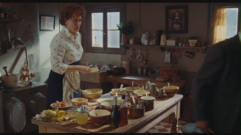 Meryl-Streep-in-Julie-Julia-meryl-streep-27874157-1280-720