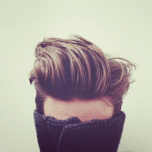 """Đây thực ra là mái đầu của một người có tóc rất mỏng. Chỉ cần xử lý đúng cách, bạn vẫn có thể khiến tóc mình trông """"nhiều"""" như vậy."""