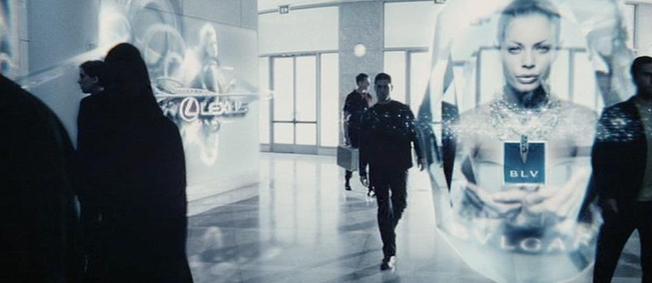 """2029. Quảng cáo thông minh giống như trong phim """"Minority Report"""" trở nên phổ biến khi các đoạn quảng cáo có thể phát cho chỉ một người xem và nghe thông qua các tín hiệu sóng siêu âm."""