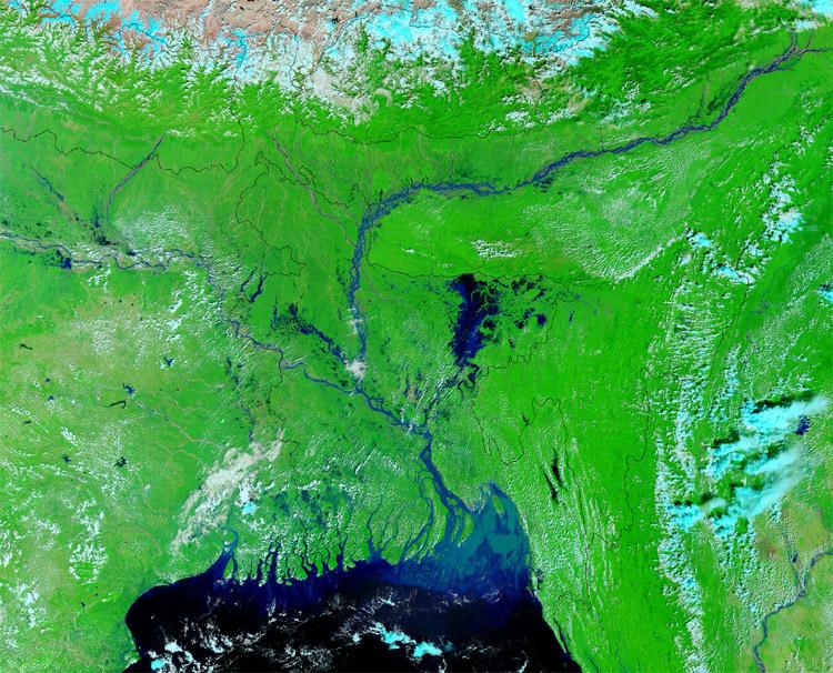 2024. Cuộc khủng hoảng tị nạn lớn nhất trong lịch sử thế giới với hơn 150 triệu người dân ở miền Trung Bangladesh bị ảnh hưởng do lũ lụt, gây ra bởi băng tan, nước biển dâng và điều kiện khí hậu khắc nghiệt. Ngoài ra do muối trong nước biển thấm vào đất khiến cho nơi đây không thể trồng trọt được nữa.