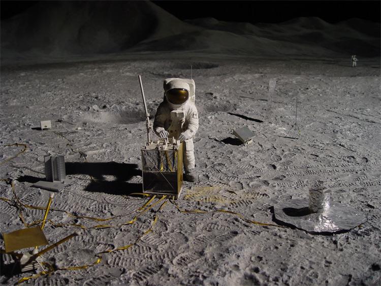 2025-2035: Thám hiểm đưa người lên Mặt Trăng.
