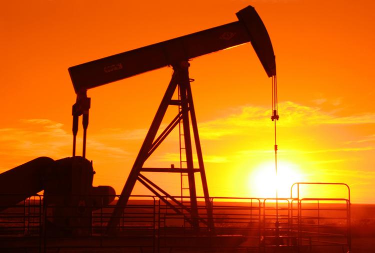 2020: Khủng hoảng dầu trên toàn thế giới, dẫn đến một cuộc cách mạng chuyển sang các năng lượng mới và tái tạo được. Dĩ nhiên giai đoạn chuyển đổi này sẽ không hề êm ả và dễ dàng.