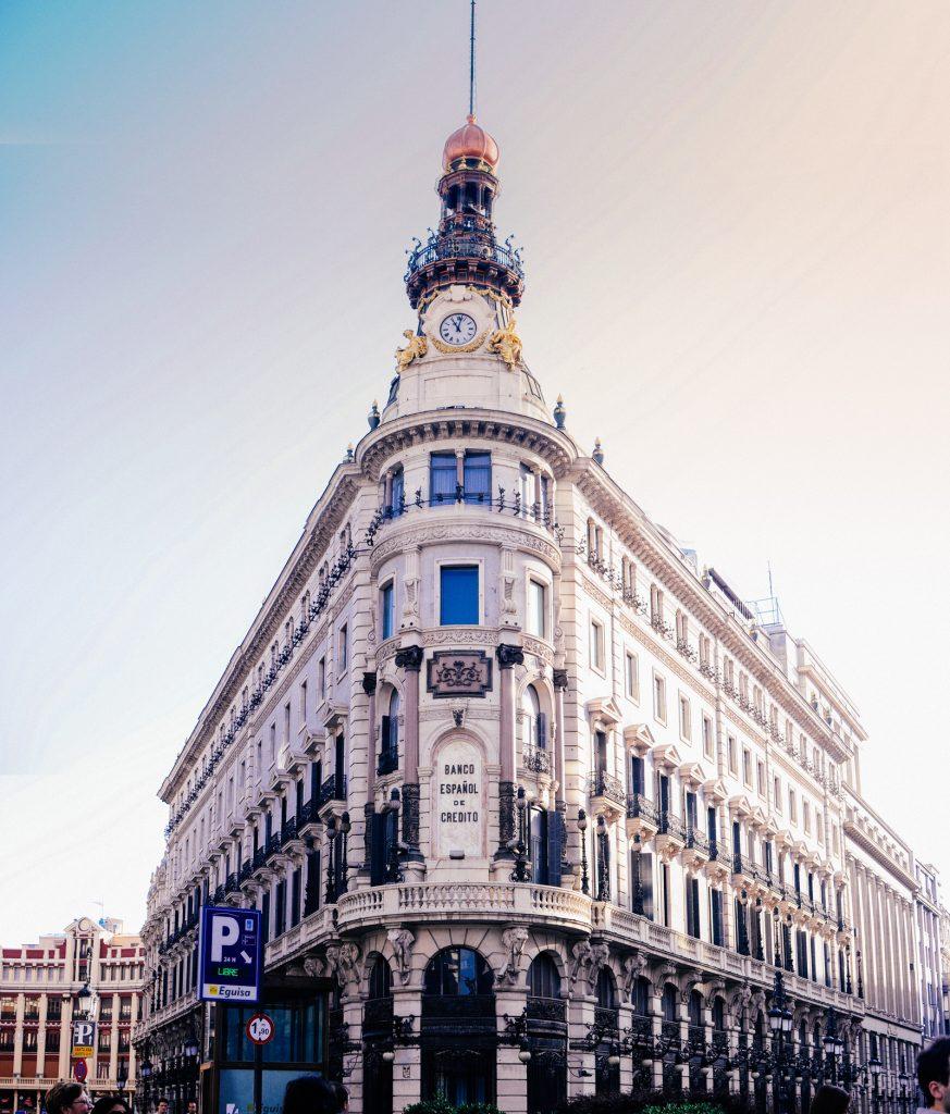 Ngân hàng Banco Español de Crédito, Madrid, Tây Ban Nha. Ảnh: Anh Tú Nguyễn.