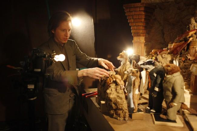 FOR PULSE: Film Still, Fantastic Mr. Fox.   Director Wes Anderson on the set of FANTASTIC MR. FOX Photo Credit: Greg Williams