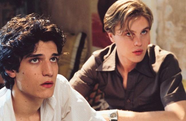Michael Pitt và bạn diễn trong phim The Dreamers