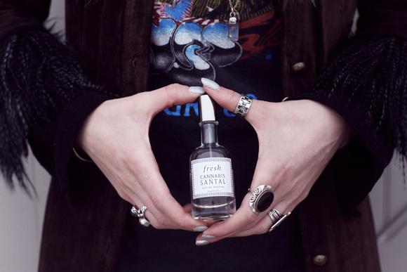 Fresh-Cannabis-Santal-perfume