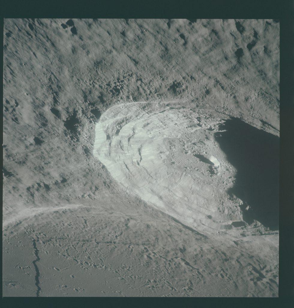 Lunar orbit rendezvous 3