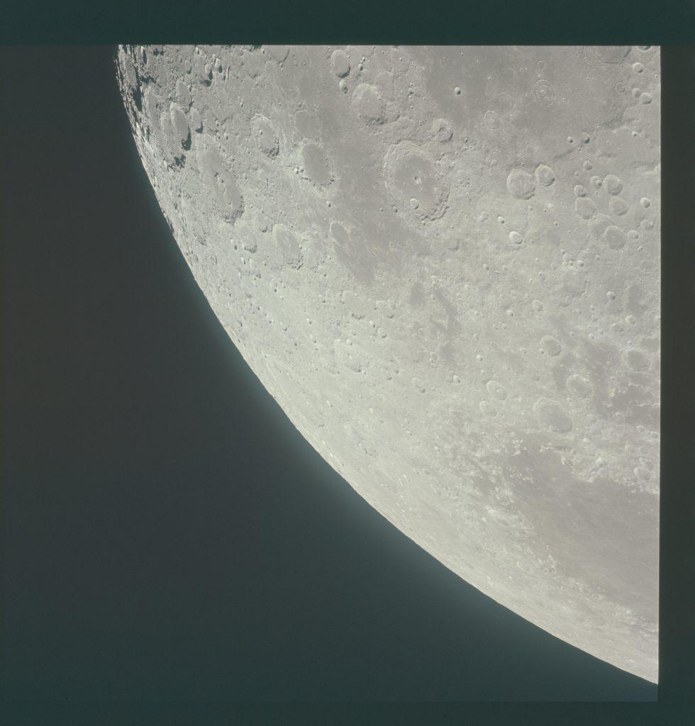 Lunar orbit rendezvous 4