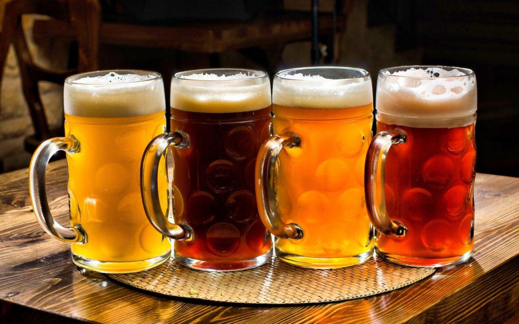 One-Liter-Beer-Mugs-1920x1200