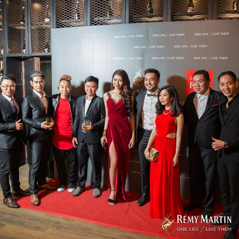 Top 5, Petey và ban giám khảo khách mời Chế Nguyễn Quỳnh Châu, Phúc Bồ, Pham Minh Chau